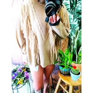 Sweaters - Western boho fringe detailed sweater 🍂